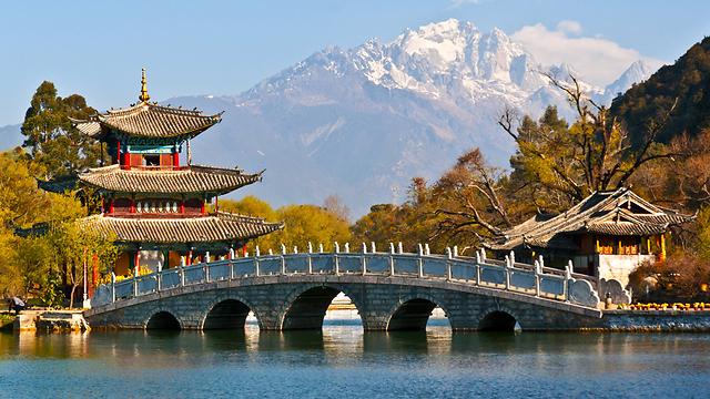 המשק הסיני, כמו המימשל הסיני, שמרניים בהתנהלותם ולוקח להם זמן לעבור שינויים (צילום: shutterstock) (צילום: shutterstock)