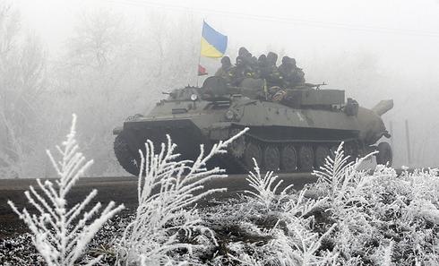 Ukrainian tank fighting in eastern Ukraine (Photo: AFP)