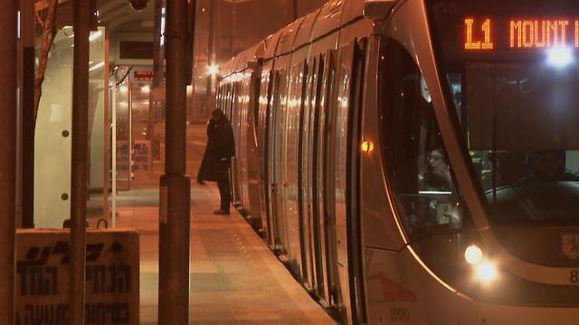 Attacks at light rail are widespread phenomenon (Photo: Eli Mendelbaum) (Photo: Eli Mendelbaum)