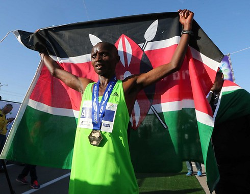 The winner of the marathon: William Kiprono from Kenya (Photo: Oren Aharoni) (Photo: Oren Aharoni)