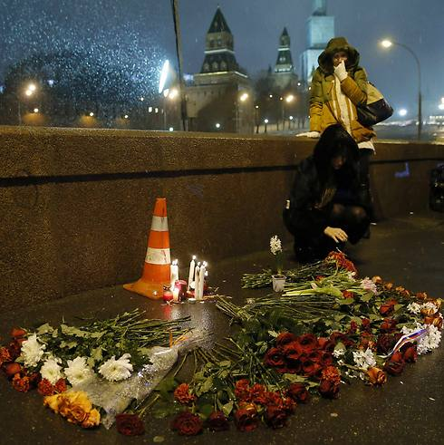 לזכר נמצוב, הלילה במוסקבה (צילום: רויטרס) (צילום: רויטרס)