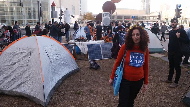 Tents back on Rothschild Blvd (Photo: Motti Kimchi) (Photo: Motti Kimchi)