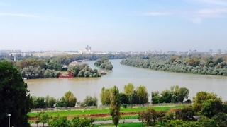 מבט ממצודת קלמגדן על מפגש נהרות הדנובה והסאבה (צילום: שי זדה)