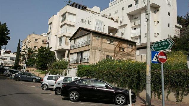 גבעתיים. דירת 3 חדרים ב-1.980 מיליון שקלים (צילום: עופר עמרם) (צילום: עופר עמרם)