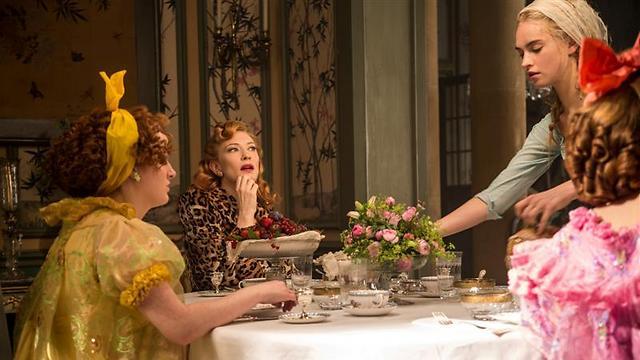 """בחיק המשפחה עם קייט בלנשט. """"סינדרלה"""" ()"""