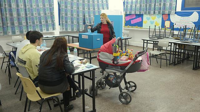 Голосование в Ашдоде, 2015 год. Фото: Ави Роках