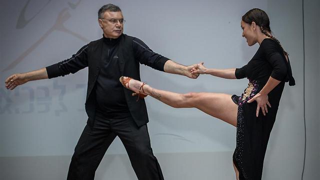 פרופ' רפי אלדור ואנה ארונוב מופיעים במסגרת כפסטיבל אפוס 6 במוזיאון תל אביב. צילום: ענת מזור ()