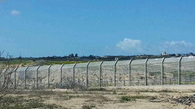 Israel-Gaza border (Photo: Yoav Zitun)
