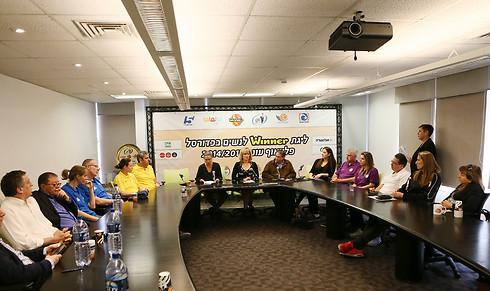 מסיבת העיתונאים באיגוד הכדורסל (צילום: עודד קרני, ליגת ווינר נשים) (צילום: עודד קרני, ליגת ווינר נשים)