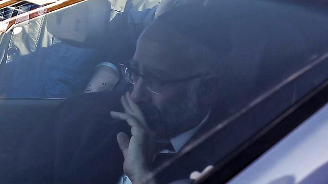 האב גבריאל, לאחר הטקס (צילום: AFP)