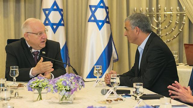 Moshe Kahlon recommending Benjamin Netanyahu as prime minister to President Reuven Rivlin in 2015 (Photo: Ohad  Zwigenberg)