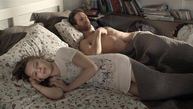 """שירה האס ואורי פפר במיטה ב""""פרינסס"""". סצנה קשה ()"""