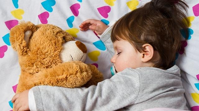 הכנה מתאימה ומתן חיזוקים יעזרו לילד ללהתרגל במהירות לשינוי (צילום: shutterstock) (צילום: shutterstock)