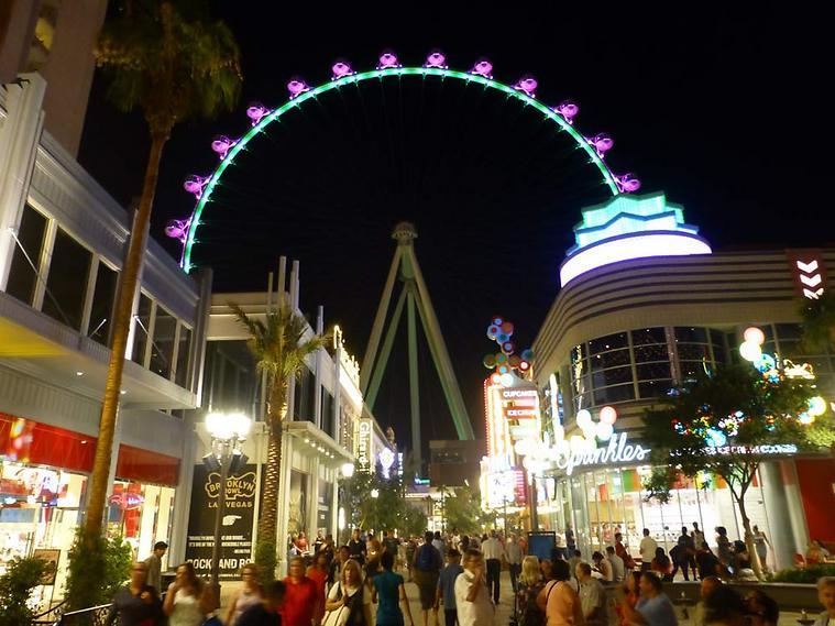 מי בא לסיבוב? הגלגל הענק הגדול בעולם (צילום: סיגלית בר)