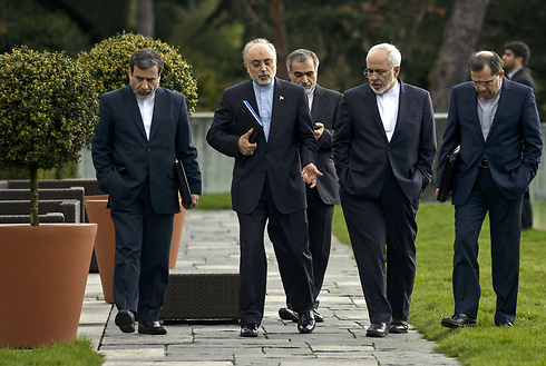Iranian negotiating team in Lausanne (Photo: AP) (Photo: AP)