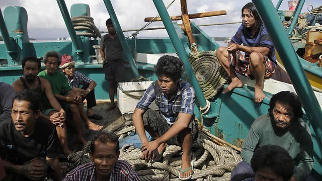 מחפשים עבודה באינדונדיה (צילום: AP) (צילום: AP)