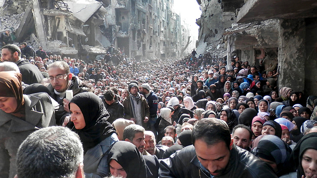 Palestinian refugee camp in Yarmouk, Syria. Israel must insist on a settlement of the 'refugees' in Arab countries, where they will receive all rights (Photo: AP)