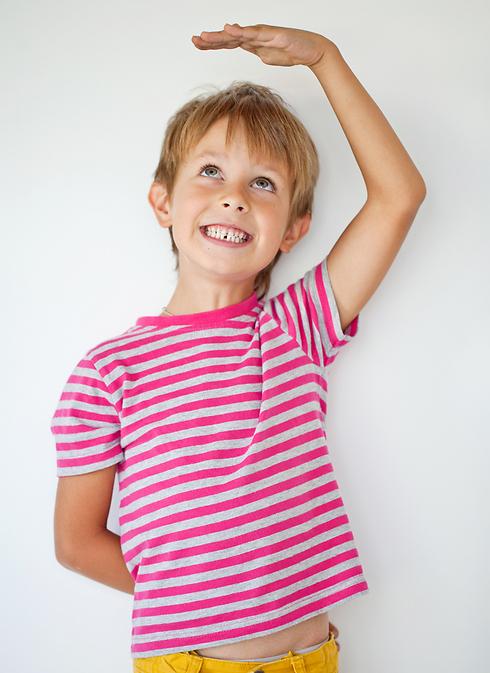גברים גבוהים ונשים בגובה ממוצע מולידים יותר ילדים (צילום: shutterstock) (צילום: shutterstock)