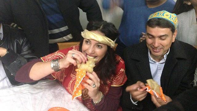 MK Miri Regev with Avitan family in moshav Sde Tzvi