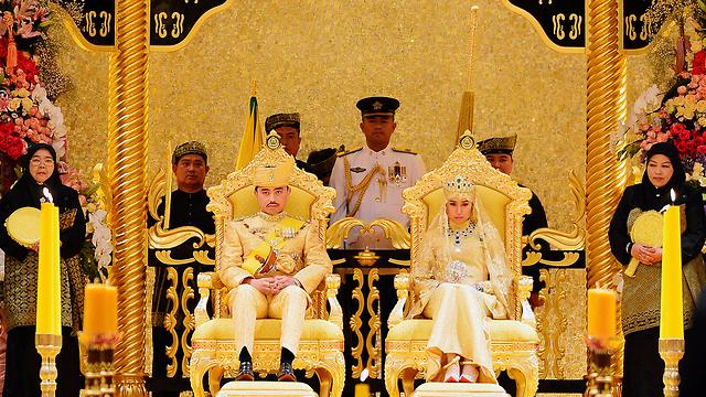 הכול זהב! הנסיך וכלתו (צילום: רויטרס) (צילום: רויטרס)