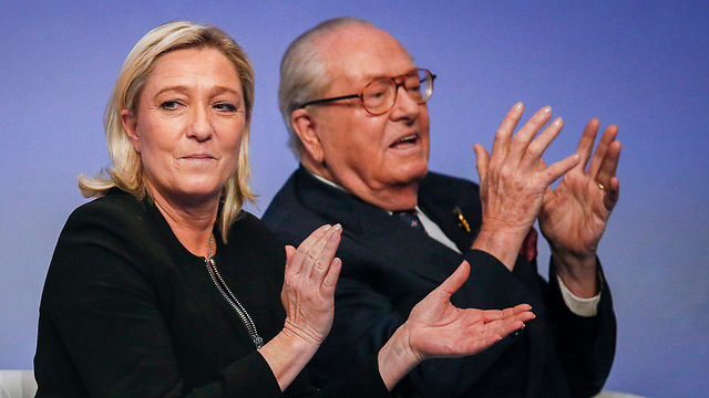 Marine and Jean-Marie Le Pen. The National Front leader is trying to push her father out (Photo: Reuters) (Photo: Reuters)