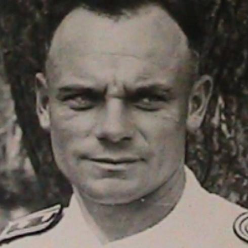 Handelsman's great-grandfather in uniform (Photo: Avi Chai and Nir Cohen)