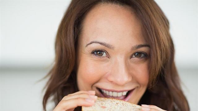 לאכול לחם ולשמור על המשקל (צילום: shutterstock) (צילום: shutterstock)