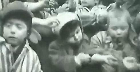 """""""הפרידה הייתה קורעת לב. לחלקם לקח כמה שנים כדי להיפרד ממש"""". ילדים בשואה"""