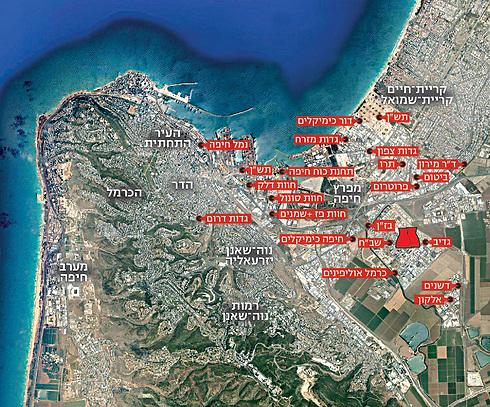 מפרץ חיפה ומיקום המפעלים המזהמים באזור ()