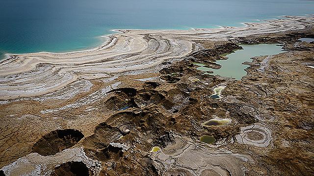 ים המלח, בצילום ממסוק (צילום: ישראל ברדוגו )