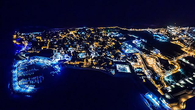 נמל עכו בלילה (צילום: ישראל ברדוגו )