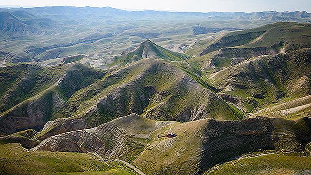 מדבר יהודה ירוק בחלקו (צילום: ישראל ברדוגו )