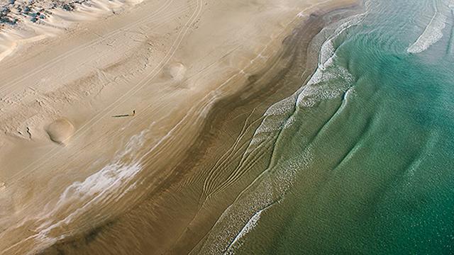 ריצת בוקר בחוף דור (צילום: ישראל ברדוגו )