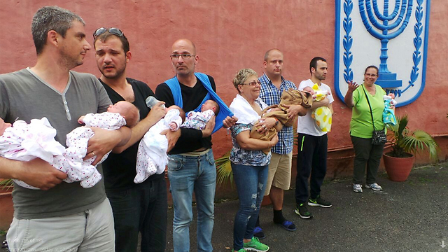 השאלות שאחרי מבצע הצלת התינוקות הישראלים בקטמנדו  (צילום: איתי בלומנטל) (צילום: איתי בלומנטל)