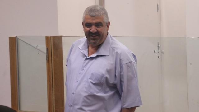 ראש העיר הקודם לחיאני. מרצה עונש מאסר ( צילום: מוטי קמחי) ( צילום: מוטי קמחי)