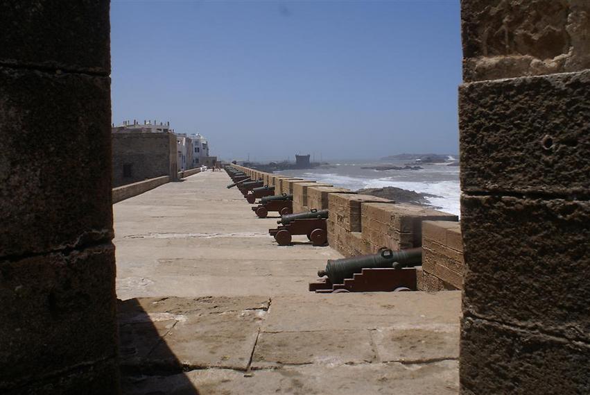 אטרקציה מרכזית. הנמל בעיר איסאווירא (צילום: אלפרד תאומים)