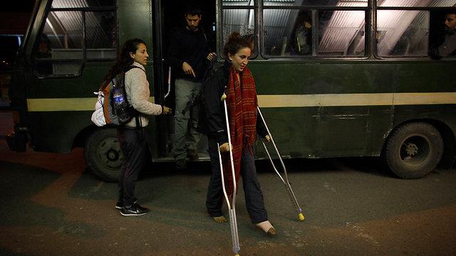 Israelis in Nepal prepare to board El Al plane back home (Photo: AP)