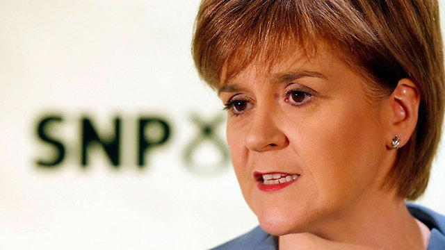 """מפלגת שמאל, אבל גם תנועה לאומית-בדלנית. ניקולה סטרג'ן מ""""המפלגה הלאומית הסקוטית"""" (צילום: AP)"""