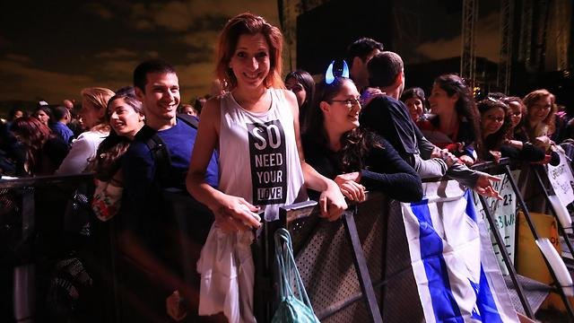 Israeli youth at a concert (Photo: Yaron Brener)