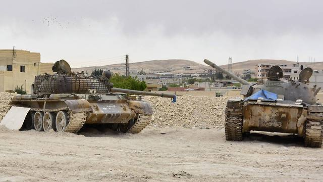 Tanks in Assal al-Ward, a small regime-controlled village situated on the mountain after Syrian regime forces seized control of several near the Syria-Lebanon border with the support of Hezbollah (Photo: AFP)