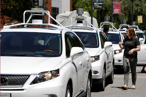 הרכב האוטונומי. החשש: נגיע למספר שיא של כלי רכב בכבישים (צילום: AP) (צילום: AP)