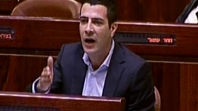 """שרון גל תוקף את חברי מרצ: """"משת""""פים"""" (צילום: ערוץ הכנסת) (צילום: ערוץ הכנסת)"""