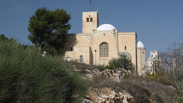 """מבט על הכנסיה הסקוטית מגבעת התנ""""ך (צילום: רון פלד) (צילום: רון פלד)"""