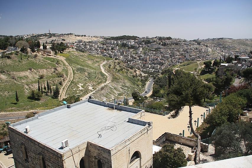 נוף ירושלמי. תצפית מרהיבה על העיר ממלון הר ציון (צילום: רון פלד)