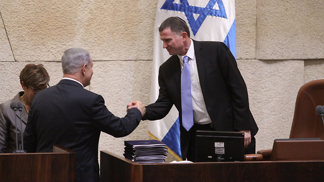 PM Netanyahu (L) said he will not be attending Israel's 70th Independence Day ceremony to appear Knesset Speaker Edelstein (Photo: Knesset Spokesmanship)