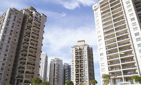 מגדלים רבי קומות בנתניה (צילום: אסף פרידמן) (צילום: אסף פרידמן)