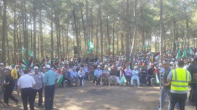אלפים בעצרת שאורגנה על ידי התנועה האיסלאמית (צילום: מוחמד שינאווי) (צילום: מוחמד שינאווי)