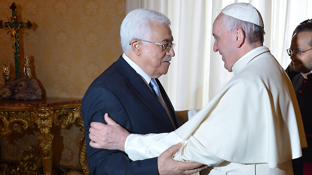 Pope Francis is either a very naïve person or hasn't the slightest idea about what has been going on in the Middle East for almost 70 years (Photo: AFP)