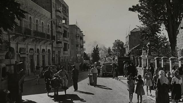 רחוב יפו בירושלים, צולם מכיוון כיכר הדווידקה (צילום: ז'אק רום) (צילום: ז'אק רום)