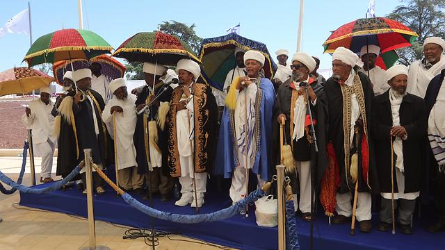 הטקס לזכר הנספים בעלייה מאתיופיה, הר הרצל (צילום: גיל יוחנן) (צילום: גיל יוחנן)
